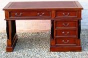 MEDIUM PILLARED DESK MAHOGANY MEDIUM TONED
