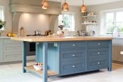 Classic kitchen painted in traditional colours